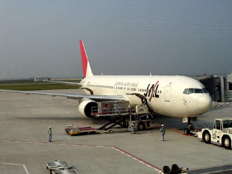 神戸空港発のJAL機